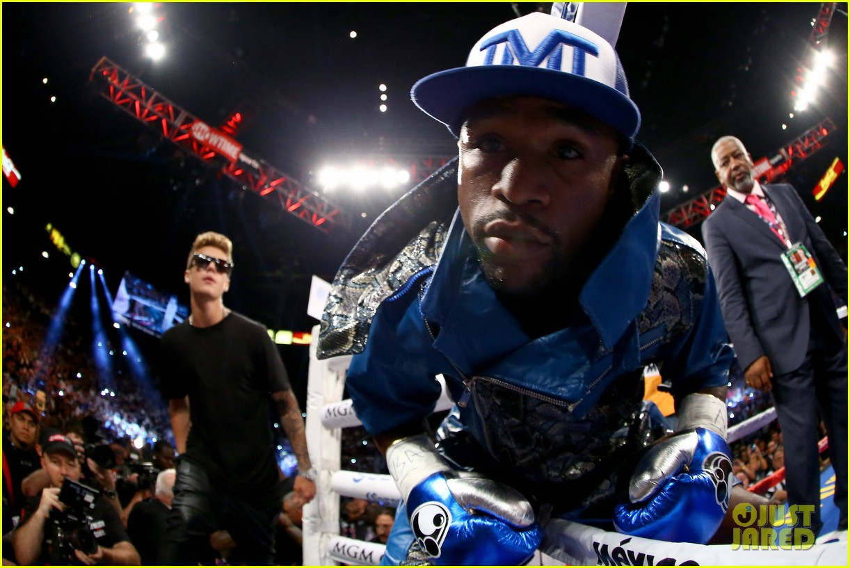 justin bieber mayweather entrance for alvarez fight video 03