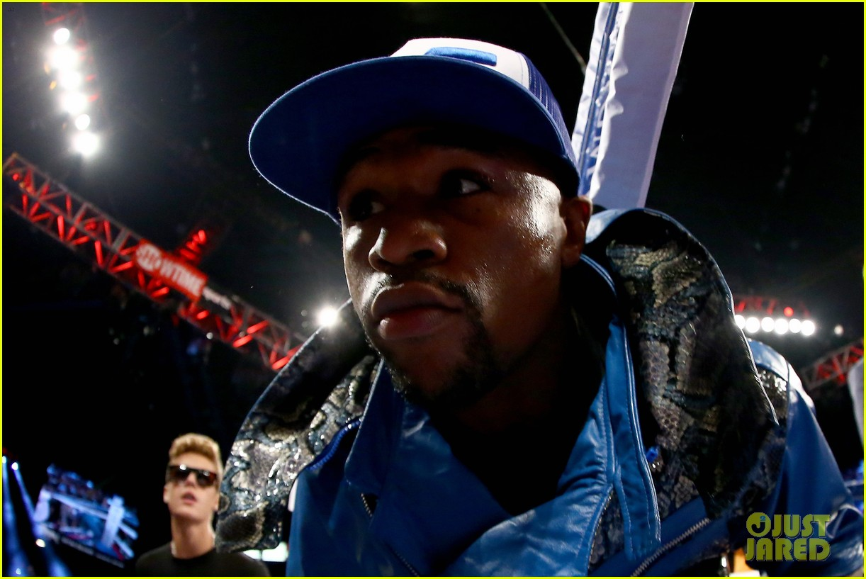 justin bieber mayweather entrance for alvarez fight video 062952647