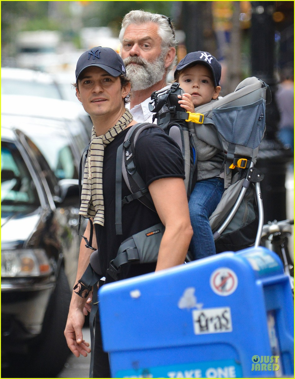 orlando bloom flynn matching new york yankees duo 032953712