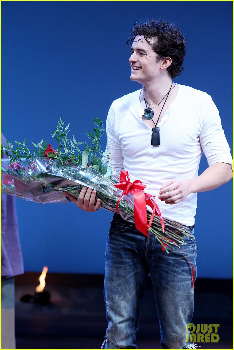 orlando bloom romeo juliet opening with condola rashad 152955803