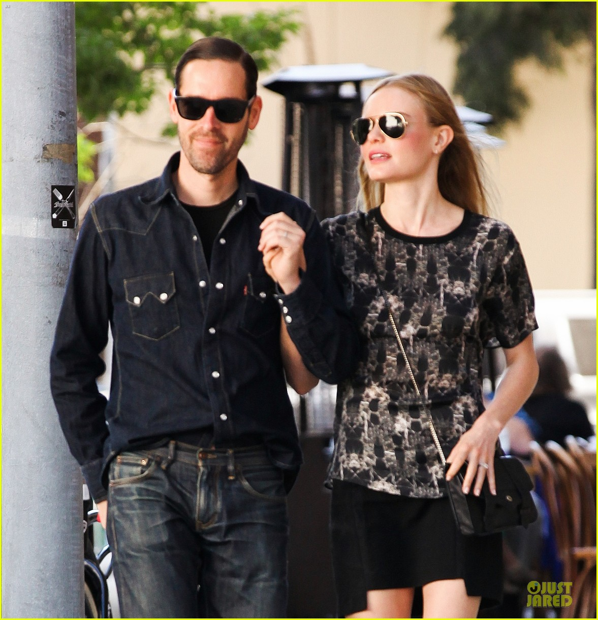 kate bosworth michael polish hold hands after catalina festival 042959335