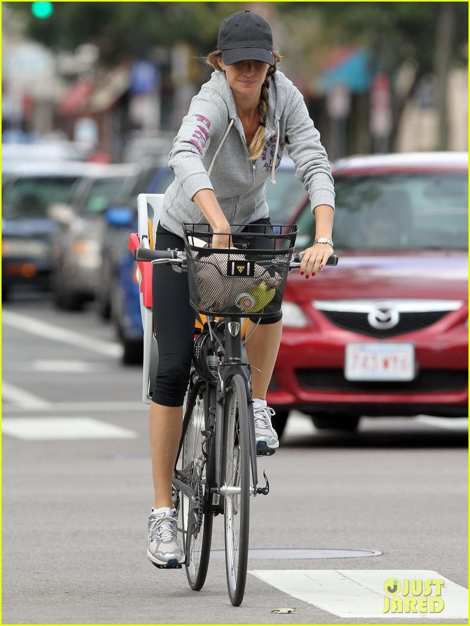 gisele bundchen rides bike tom brady scoots with benjamin 172947120