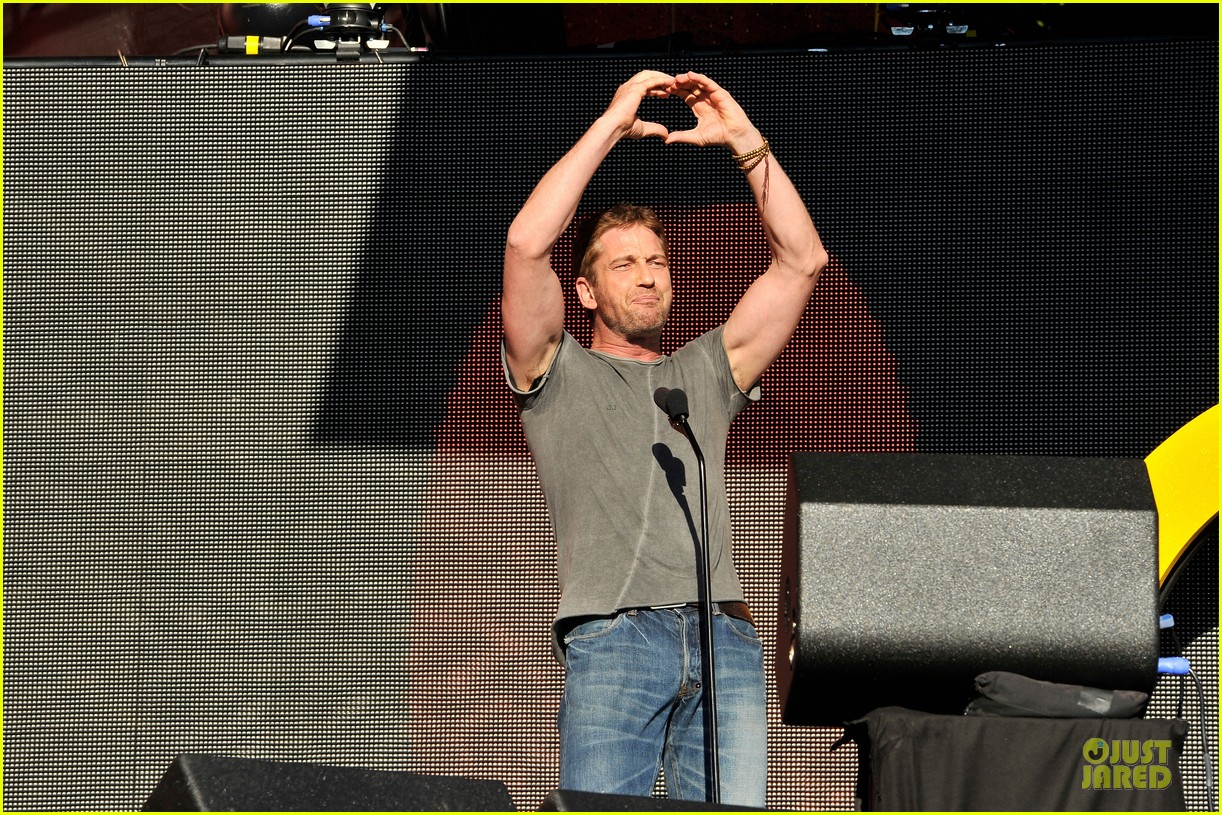gerard butler global citizen festival stud 032962045