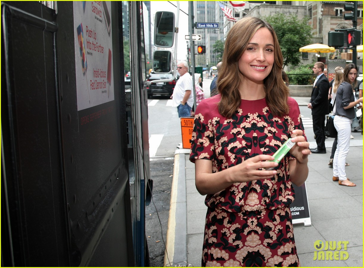 rose byrne patrick wilson promote insidious chapter 2 042945200