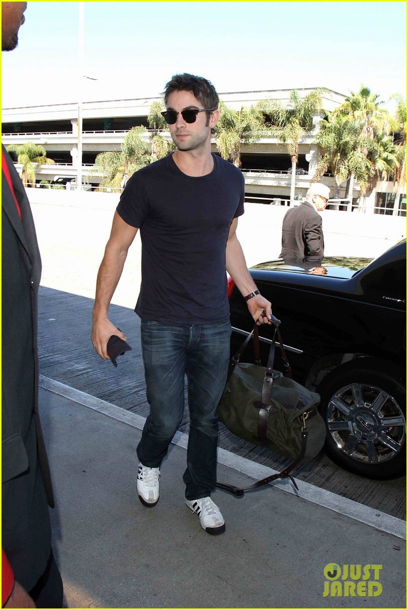 chace crawford low key arrival lax 022946970