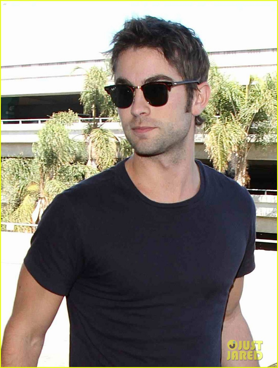chace crawford low key arrival lax 032946971