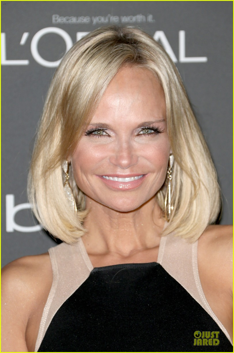 kristin chenoweth ashlee simpson ew pre emmy party 022956670