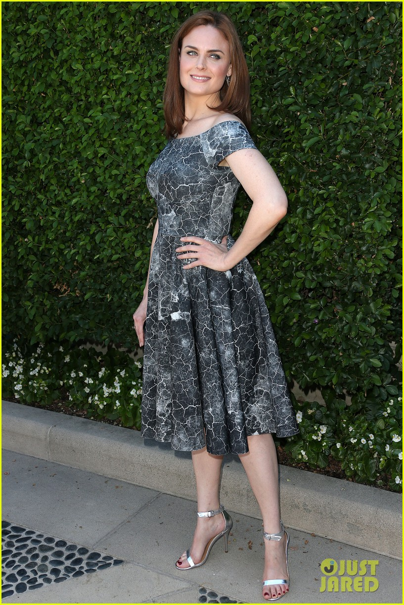 christina hendricks emily deschanel rape foundation annual brunch 062962877