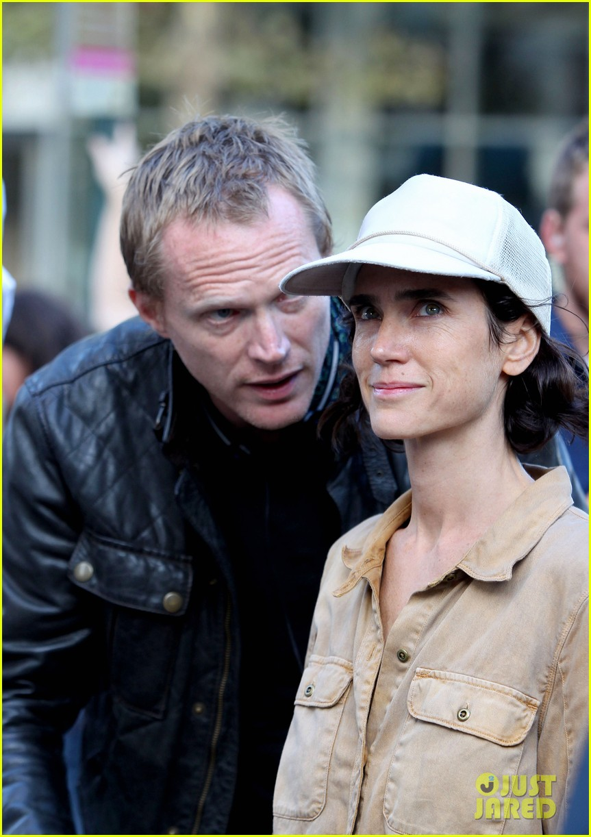 paul bettany directs wife jennifer connelly in shelter 022959312