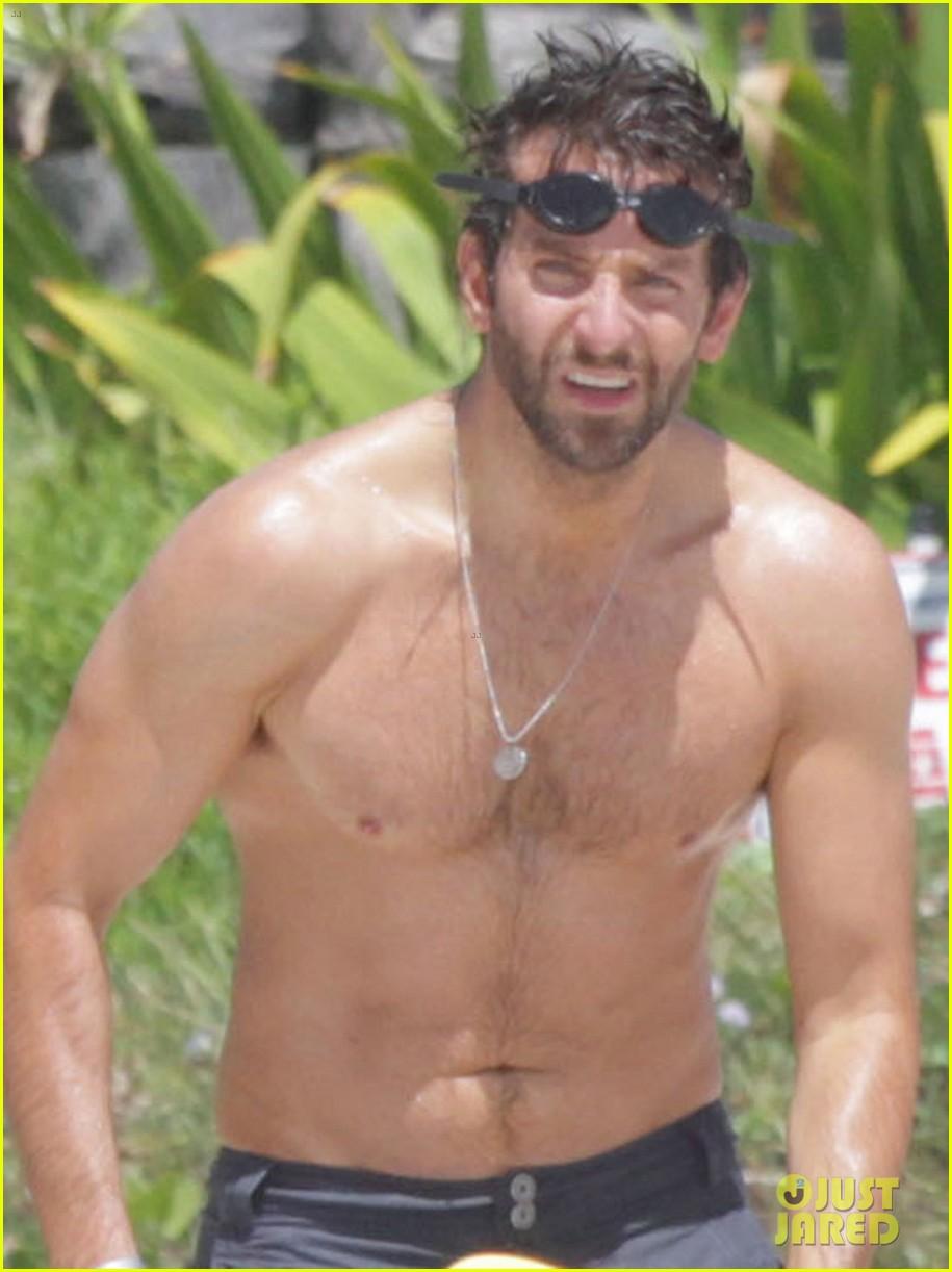 bradley cooper shirtless at the beach with suki waterhouse 082963528
