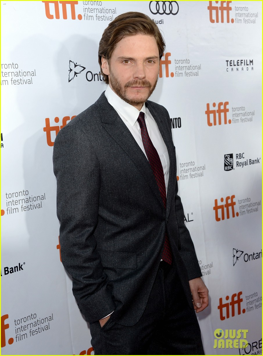 benedict cumberbatch daniel bruhl fifth estate at tiff 19