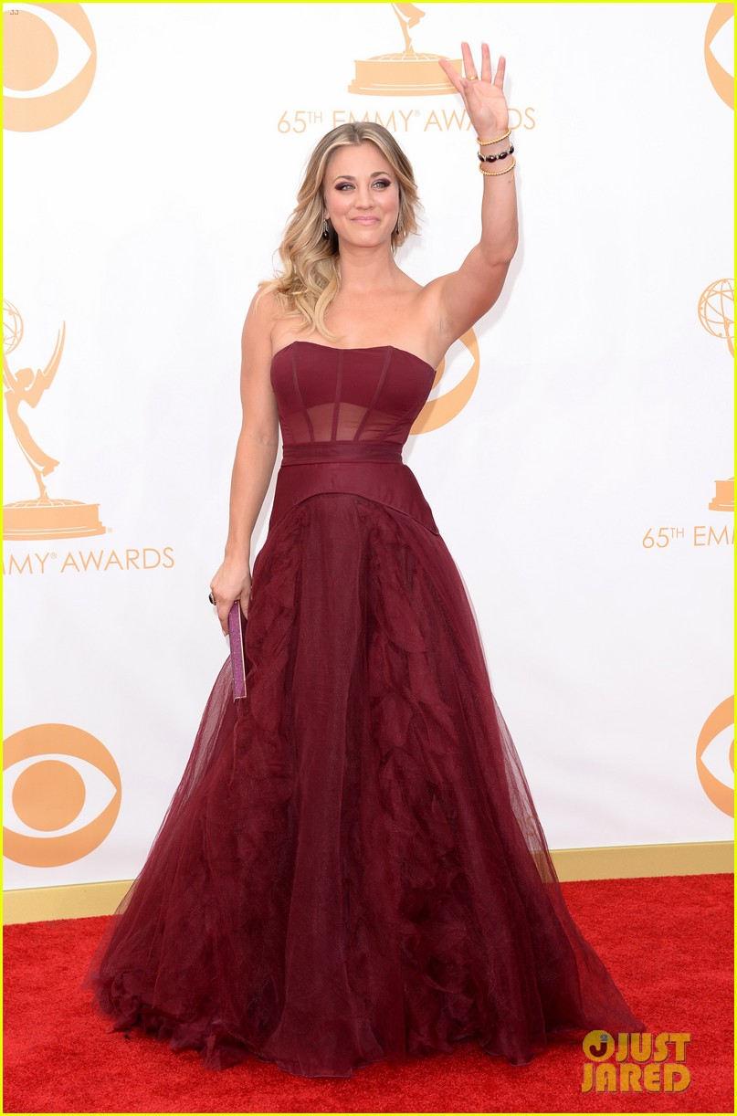 kaley cuoco ryan sweeting emmys 2013 red carpet 032958077