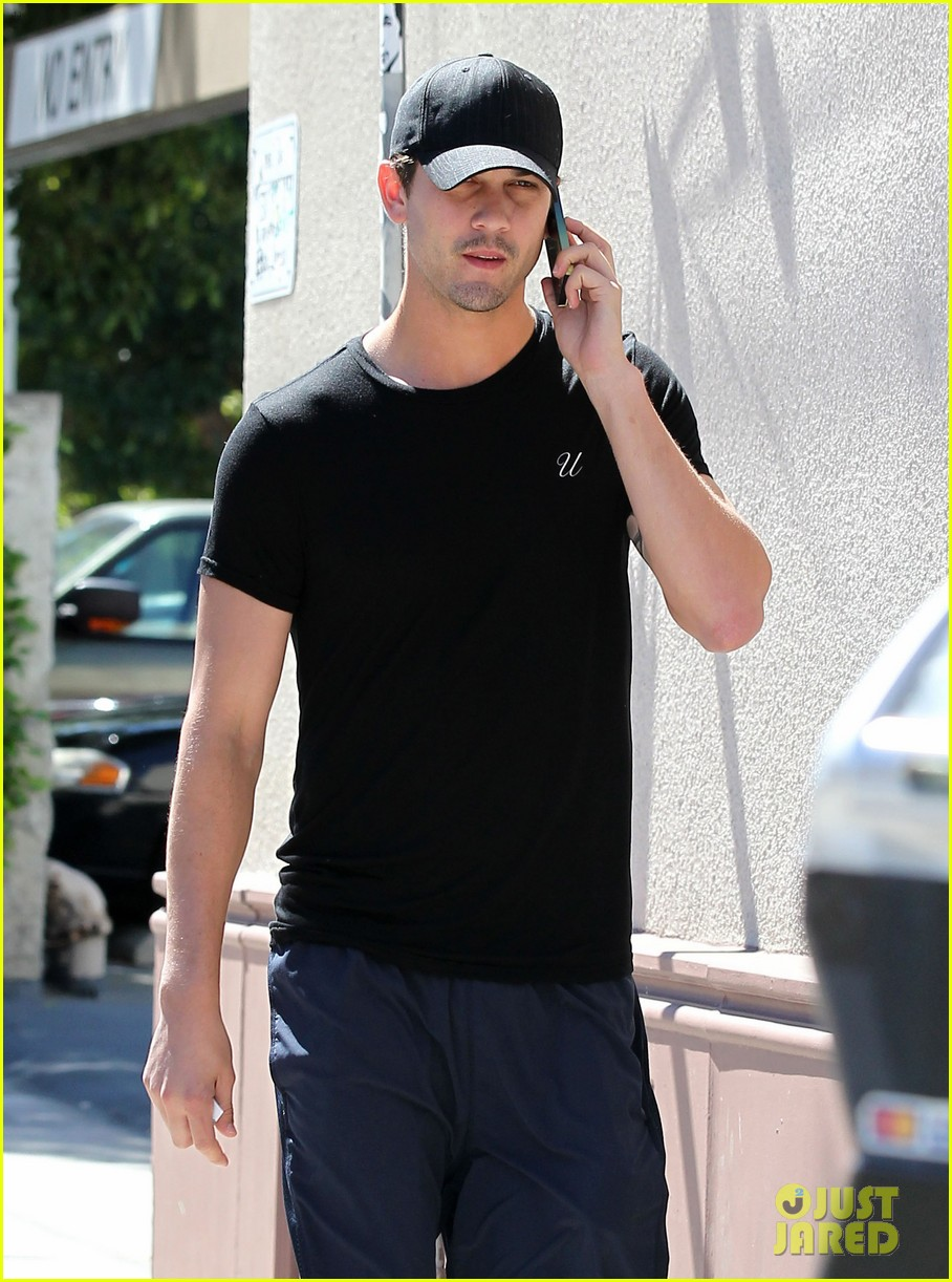 kaley cuoco ryan sweeting step out after engagement news 042961788
