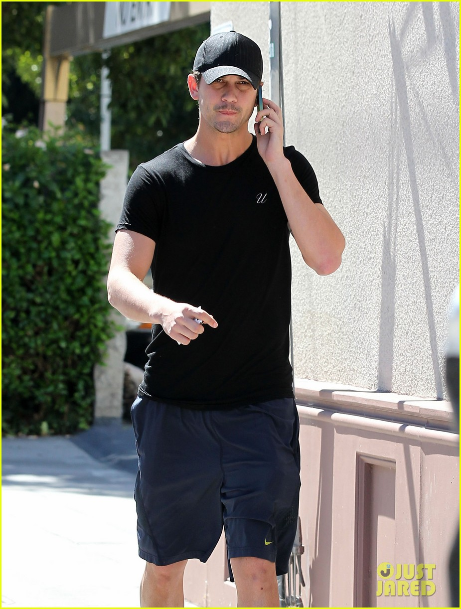 kaley cuoco ryan sweeting step out after engagement news 22