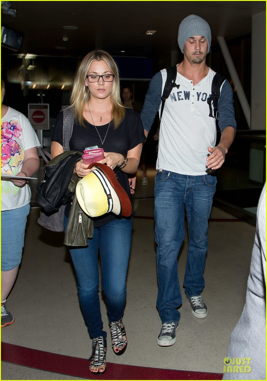 kaley cuoco ryan sweeting depart lax airport together 012945910