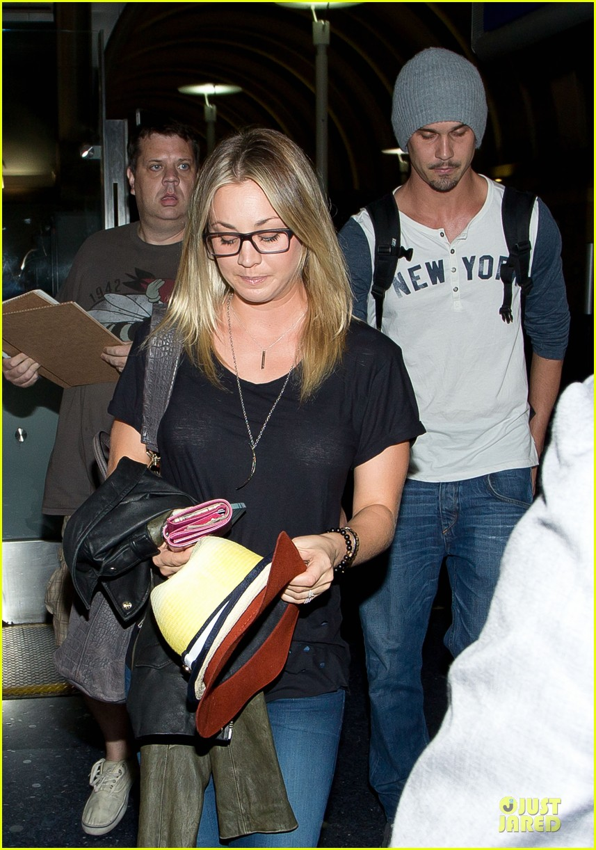 kaley cuoco ryan sweeting depart lax airport together 042945913