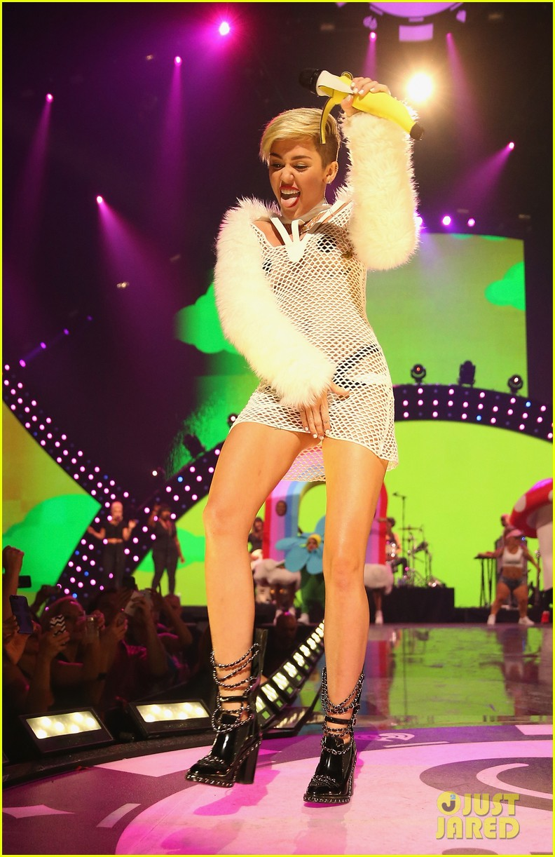miley cyrus sings wrecking ball in nearly nude outfit video 012957220