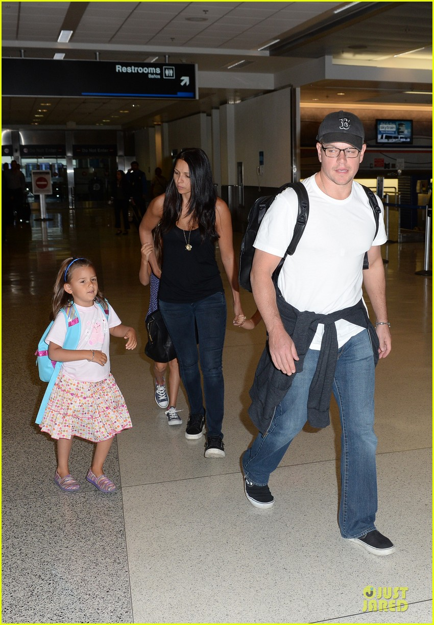 matt damon miami vacation with wife luciana girls 012962155