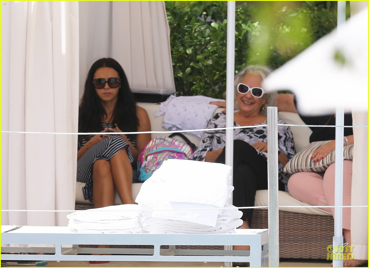 matt damon miami vacation with wife luciana girls 072962161