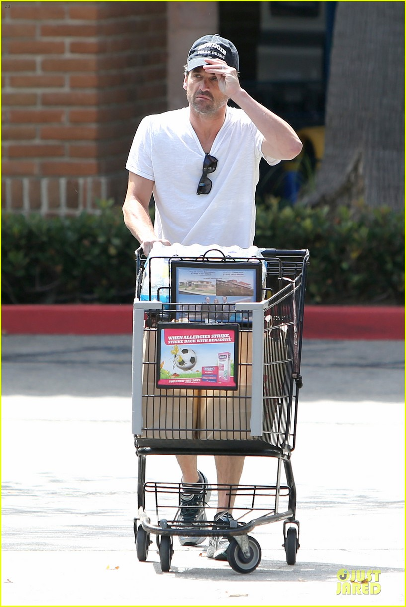 patrick dempsey labor day shopping after grand prix race 012943237