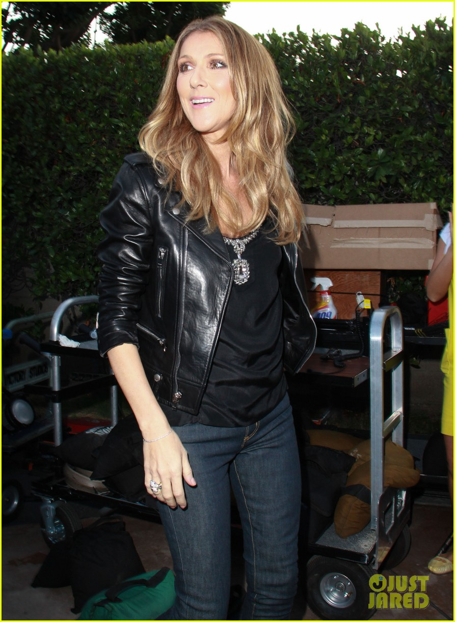celine dion tapes extra appearance with maria menounos 172948986