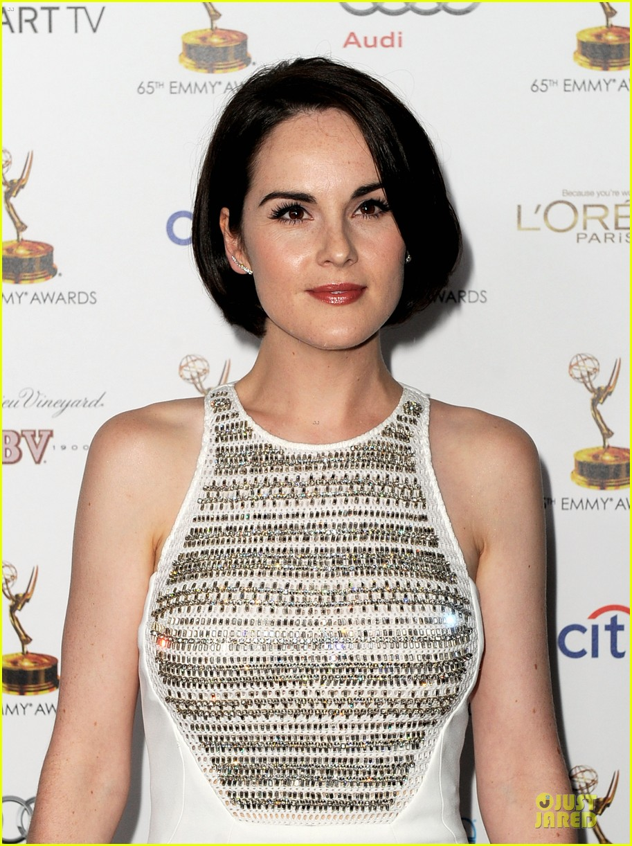 michelle dockery connie britton emmys nominee reception 142956726