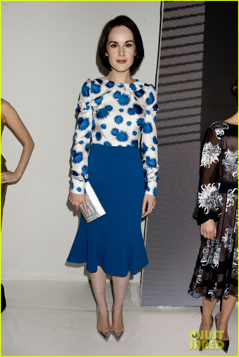 michelle dockery carolina herrera show 12