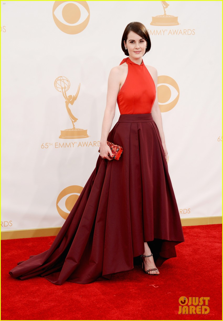 michelle dockery emmys 2013 red carpet 05