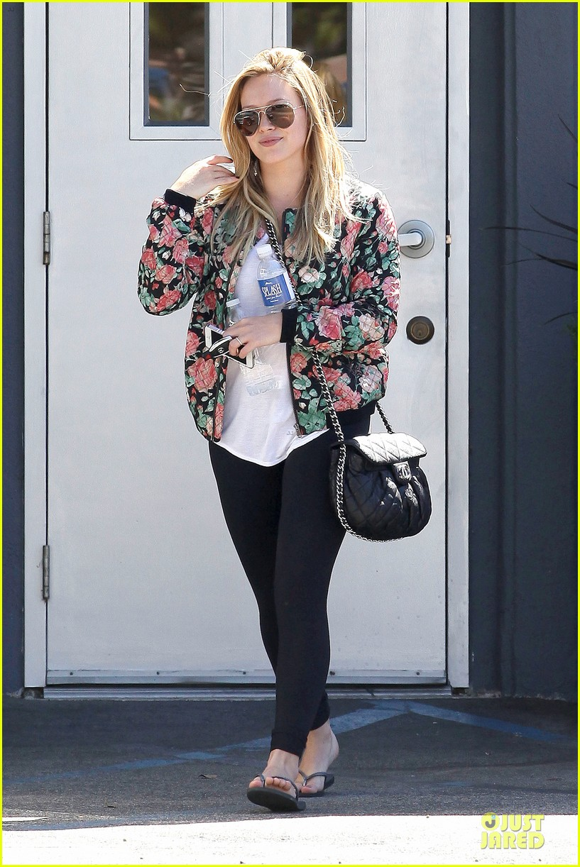hilary duff lets stomp out bullying together 012961301