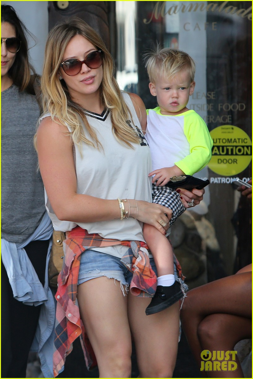 hilary duff mike comrie malibu beach with luca 152943518