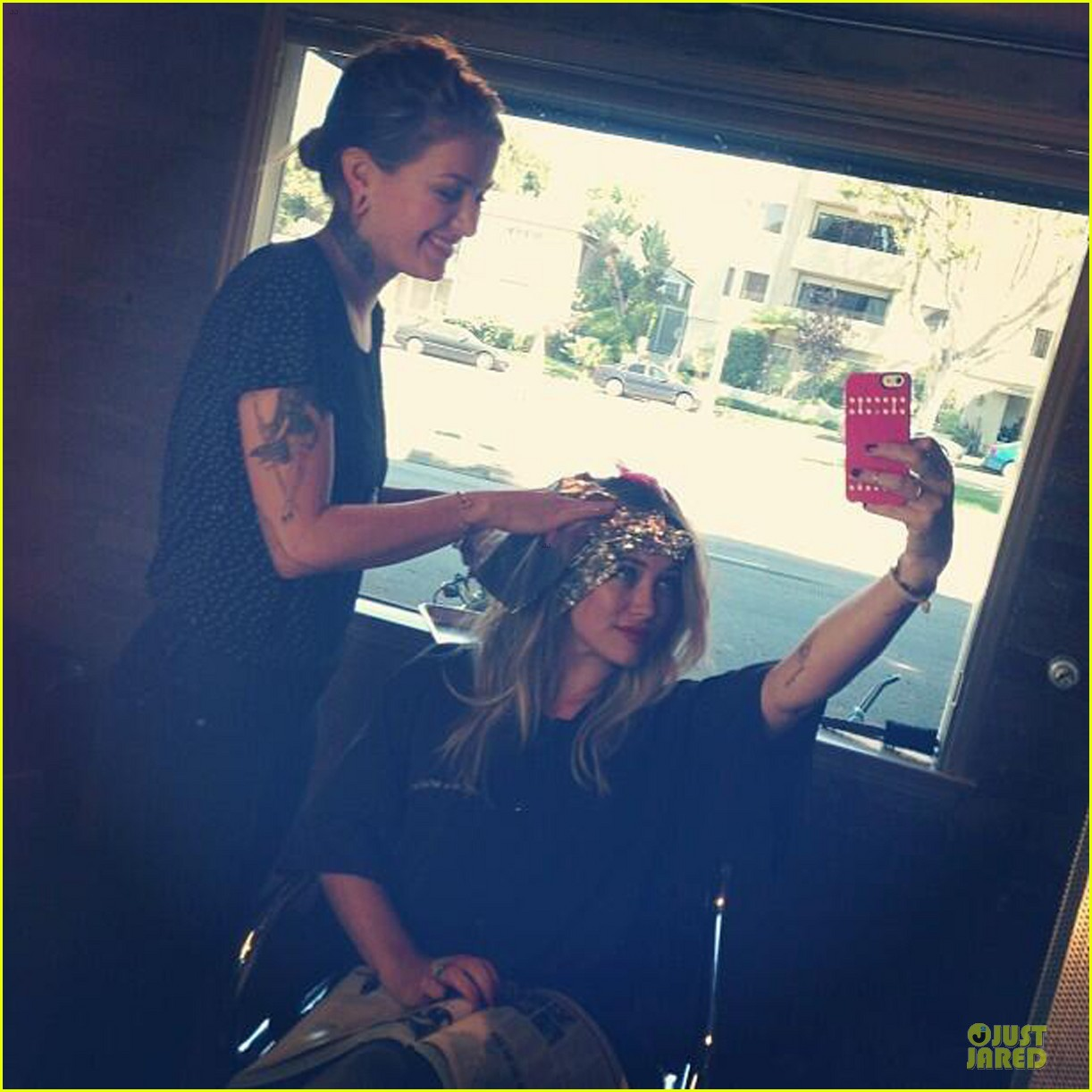 hilary duff dem roots getting cray 042953801