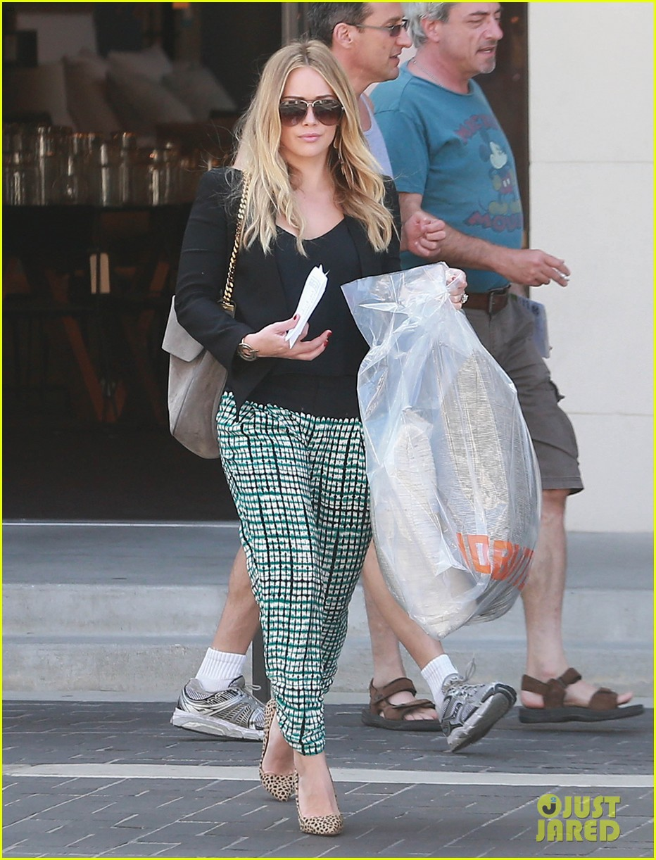 hilary duff the weeknd concert night out 022955168