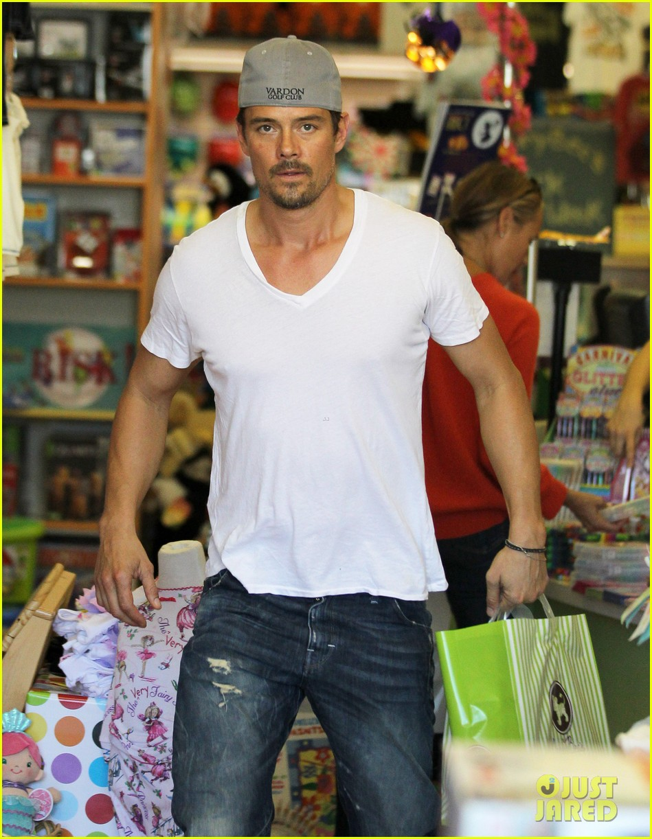 josh duhamel fergie i are obsessed with baby axl 162961092
