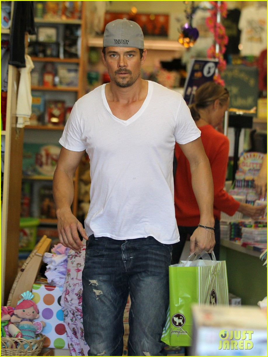 josh duhamel fergie i are obsessed with baby axl 172961093