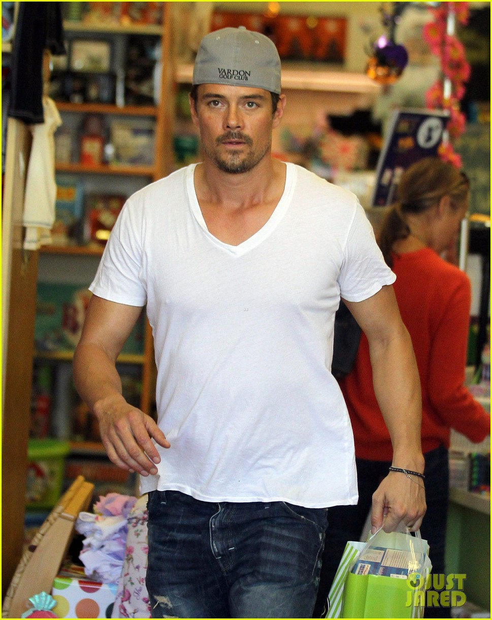 josh duhamel fergie i are obsessed with baby axl 18