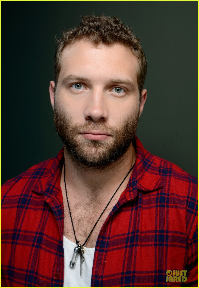 joel edgerton jai courtney felony tiff premiere portraits 092949762