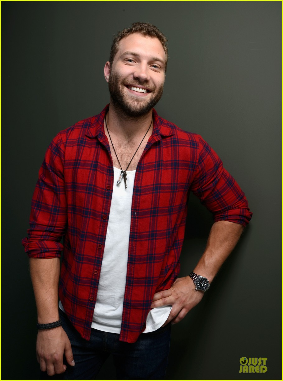 joel edgerton jai courtney felony tiff premiere portraits 162949769