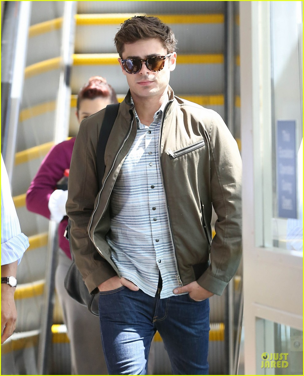 zac efron tom welling lax arrival after toronto film festival 08