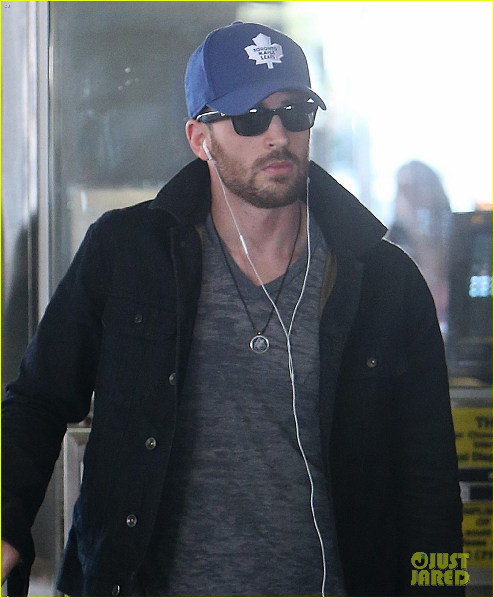chris evans heads to new york city after disneyland date 022946688