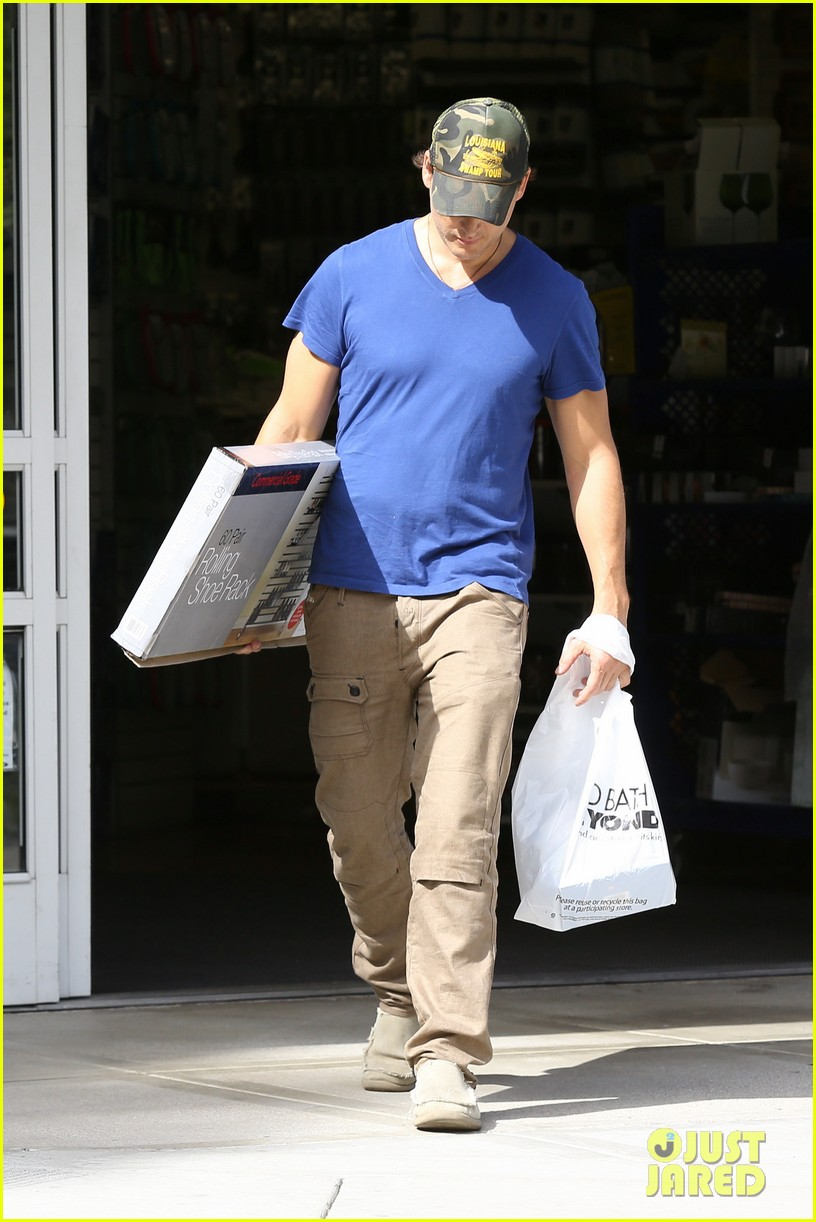peter facinelli happy labor day weekend 032942212