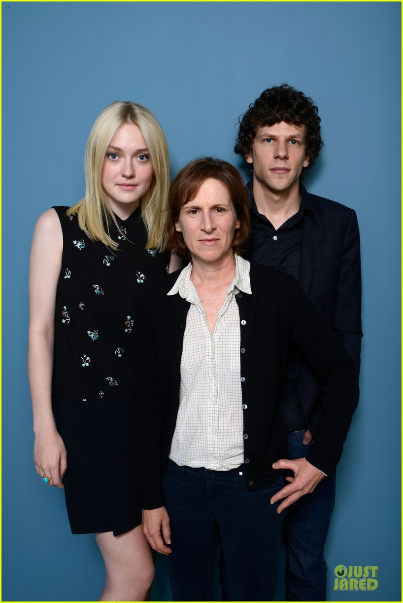 dakota fanning jesse eisenberg night moves tiff portraits 102948724