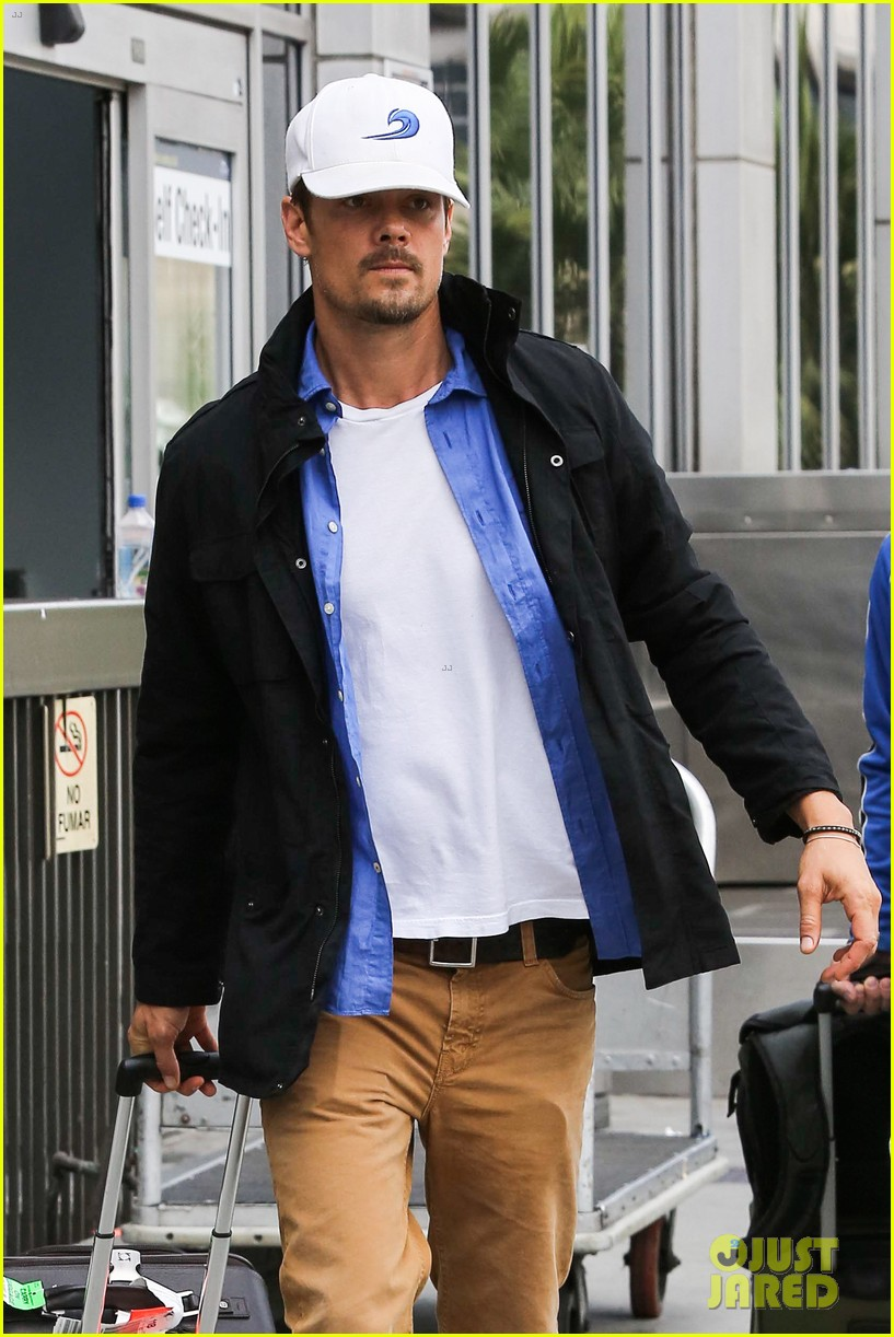fergie debuts post baby boy at dinner with josh duhamel 072960251