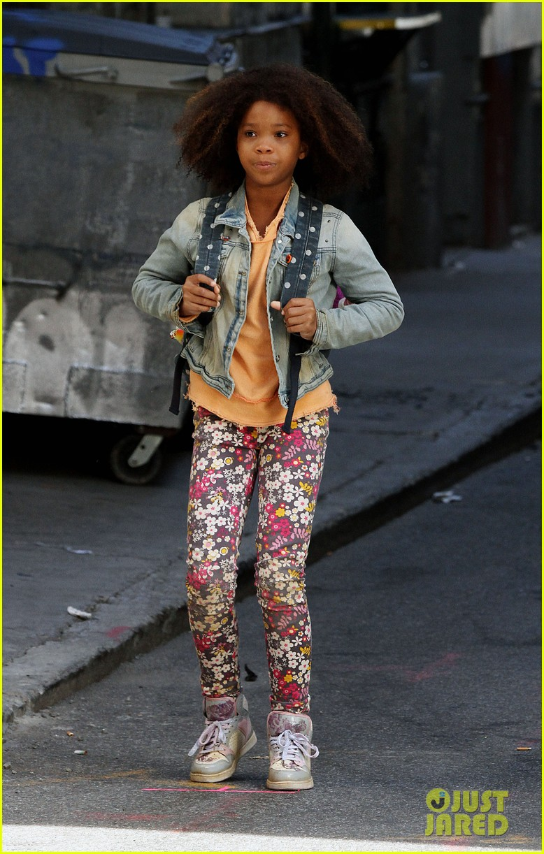quvenzhane wallis jamie foxx film annie in new york 052960219