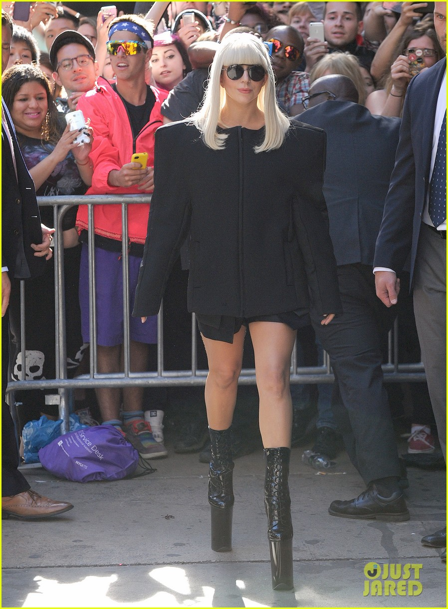 lady gaga serena williams exit good morning america studio 082948254
