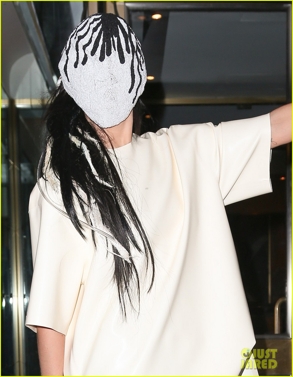 lady gaga wears full face mask while leaving apartment 022946593
