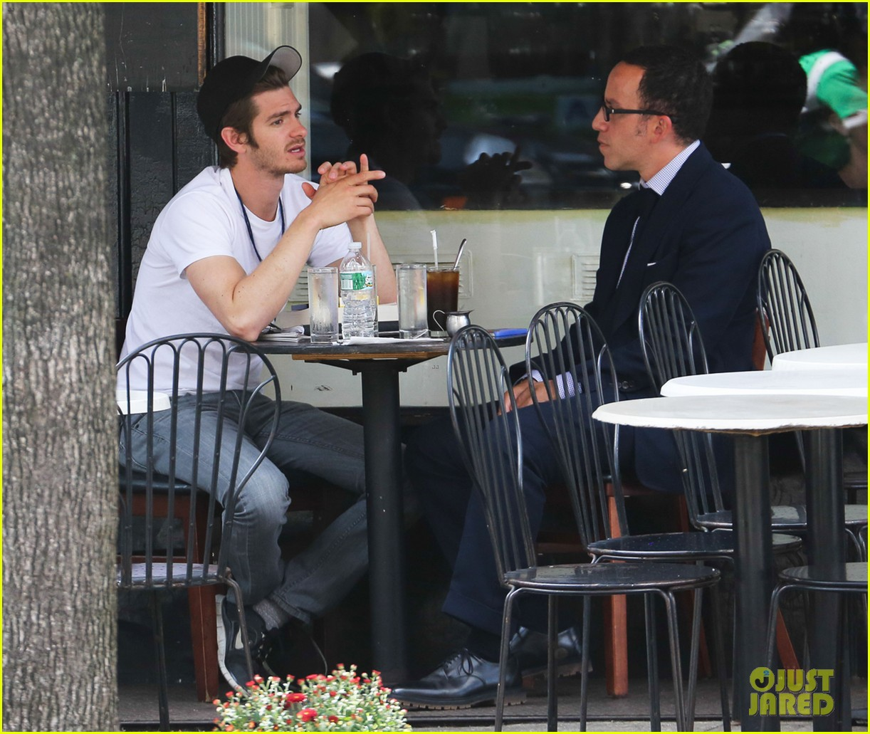 andrew garfield attended friends wedding with emma stone 022944364