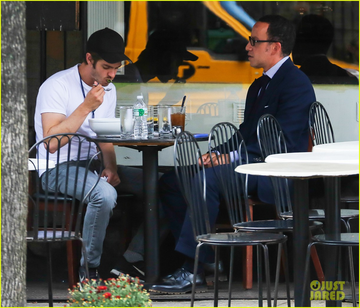 andrew garfield attended friends wedding with emma stone 092944371