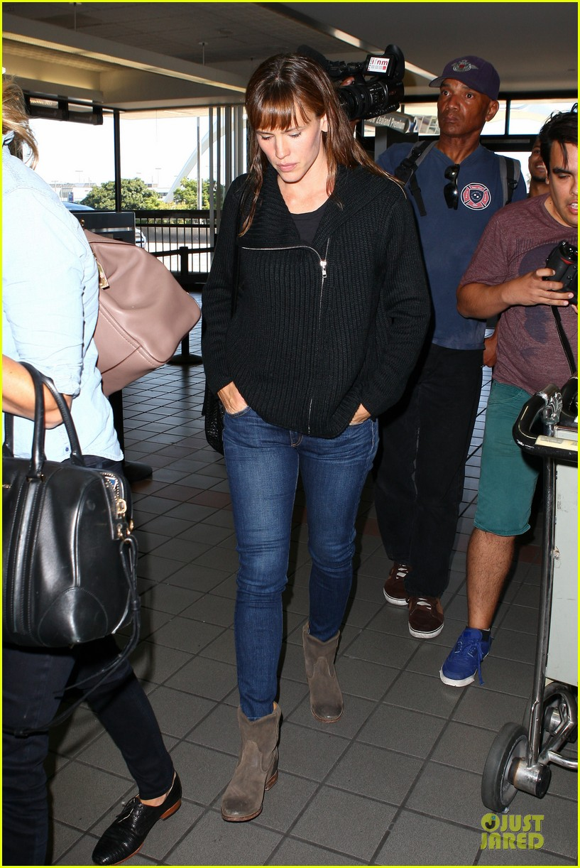 jennifer garner matthew mcconaughey fly out to tiff 062945740