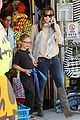 jennifer garner piggyback rider for violet 07