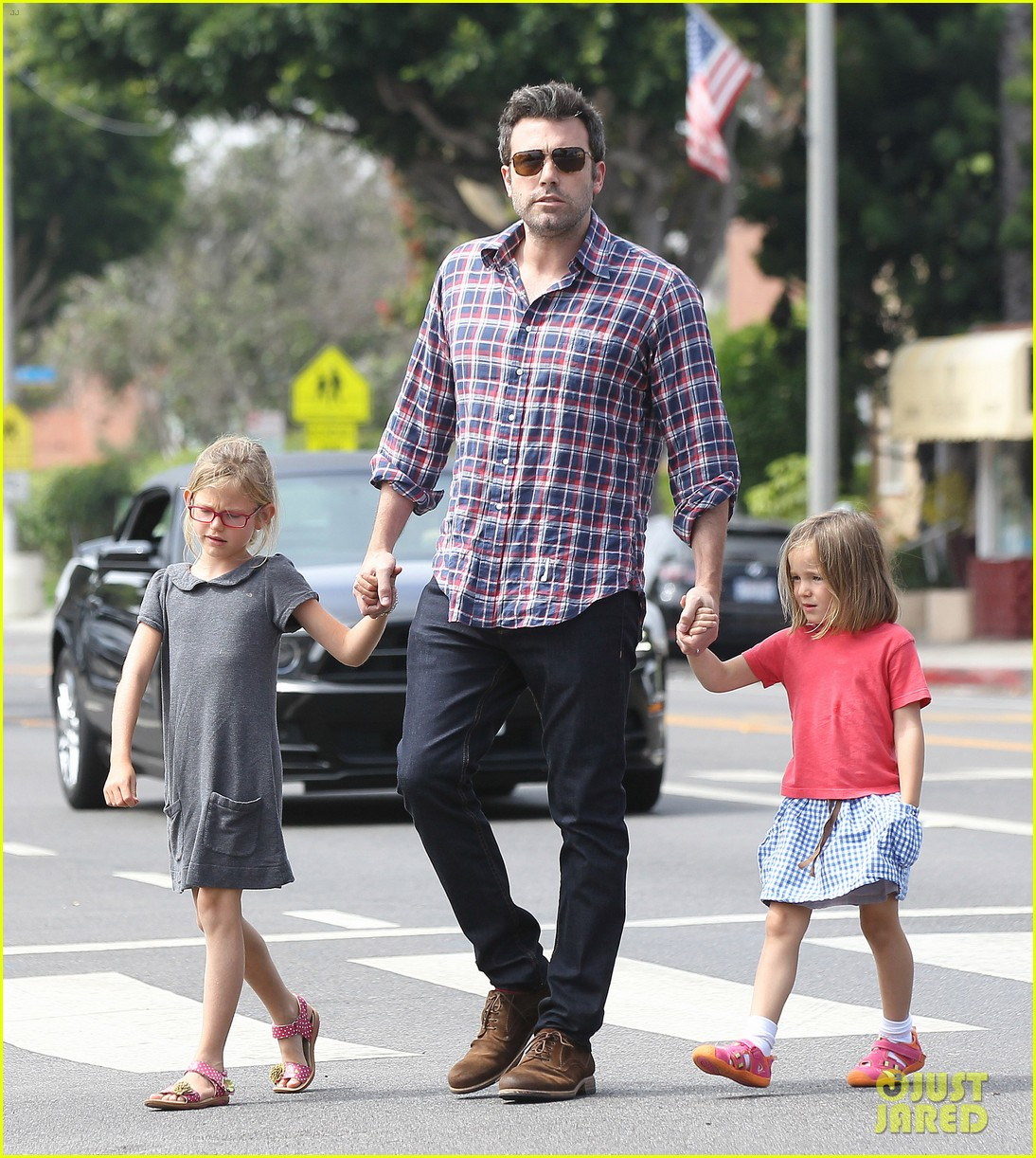 jennifer garner ben affleck separate outings with the kids 172942673